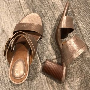 Clark's  buckle strap size 5 mules ralene rose